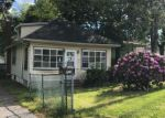 Foreclosed Home in Somerdale 8083 721 EVESHAM AVE - Property ID: 4152500