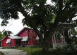 Foreclosed Home in Luling 78648 217 N PECAN AVE - Property ID: 4152679