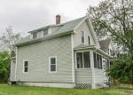 Foreclosed Home in Oakland 2858 25 E RIVER ST - Property ID: 4153777