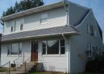 Foreclosed Home in Hershey 17033 1439 E CHOCOLATE AVE - Property ID: 4154337