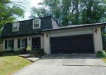 Foreclosed Home in New Albany 47150 532 DRAWBROOK CIR - Property ID: 4154436