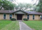 Foreclosed Home in Cameron 76520 709 E 17TH ST - Property ID: 4156819