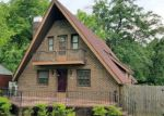 Foreclosed Home in Fairmont 28340 1000 PARK AVE - Property ID: 4157137