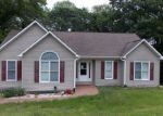 Foreclosed Home in Sanford 27332 7401 CHICKADEE CT - Property ID: 4157140