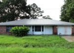 Foreclosed Home in Raceland 70394 139 FIR ST - Property ID: 4157787
