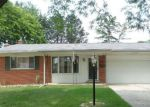Foreclosed Home in Livonia 48154 36544 KINGSBURY ST - Property ID: 4159468