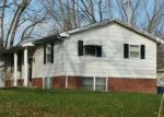 Foreclosed Home in Mount Vernon 62864 1505 CENTRALIA RD - Property ID: 4160119