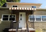 Foreclosed Home in Springdale 15144 323 ROSSLYN AVE - Property ID: 4160457