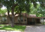 Foreclosed Home in Victoria 77901 1307 E PARK AVE - Property ID: 4161308