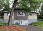 Foreclosed Home in Warwick 2886 249 NATICK AVE - Property ID: 4161334