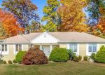 Foreclosed Home in Suffern 10901 24 GOLDEN RD - Property ID: 4163078