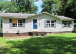 Foreclosed Home in Richlands 28574 108 ERVINTOWN RD - Property ID: 4163299
