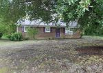 Foreclosed Home in Mount Holly 28120 140 SMITH CLEMMER RD - Property ID: 4163936