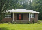 Foreclosed Home in Lake Waccamaw 28450 144 WACCAMAW SHORES RD - Property ID: 4189165