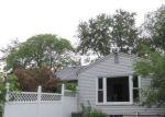 Foreclosed Home in Walled Lake 48390 1428 N PONTIAC TRL - Property ID: 4190786