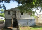 Foreclosed Home in Fairfield 35064 110 56TH ST - Property ID: 4193649
