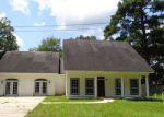 Foreclosed Home in Ponchatoula 70454 688 KATHLEEN DR - Property ID: 4193879
