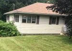 Foreclosed Home in Watertown 6795 87 BUNKER HILL RD - Property ID: 4194872
