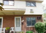 Foreclosed Home in Madison Heights 48071 1655 E 12 MILE RD - Property ID: 4195104