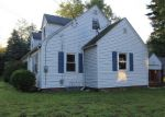 Foreclosed Home in Enfield 6082 112 MIDDLE RD - Property ID: 4196058