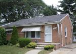 Foreclosed Home in Livonia 48150 28482 ELMIRA ST - Property ID: 4199275
