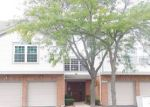 Foreclosed Home in Schaumburg 60195 1650 WHITE OAK LN APT 2 - Property ID: 4199341