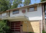 Foreclosed Home in Riverdale 60827 13618 S WALLACE AVE - Property ID: 4199360