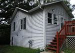 Foreclosed Home in Burlington 53105 32904 BAYVIEW DR - Property ID: 4199650