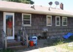 Foreclosed Home in Patchogue 11772 125 E WOODSIDE AVE - Property ID: 4200025