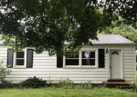Foreclosed Home in Valley Park 63088 821 1ST ST - Property ID: 4200113