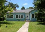 Foreclosed Home in Moss Point 39563 5007 BEARDSLEE ST - Property ID: 4201047