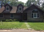 Foreclosed Home in Hampton Bays 11946 39 BELLOWS POND RD - Property ID: 4201606