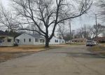 Foreclosed Home in Moline 61265 1113 38TH STREET CT - Property ID: 4204111