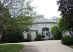 Foreclosed Home in Deerfield 60015 15 E SAINT ANDREWS LN - Property ID: 4204272