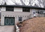 Foreclosed Home in Waukesha 53188 215 S HINE AVE - Property ID: 4205589