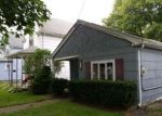 Foreclosed Home in Lockport 14094 17 CORINTHIA ST - Property ID: 4205943