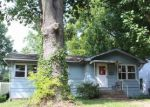 Foreclosed Home in Murphysboro 62966 2316 MCCORD ST - Property ID: 4206166