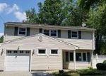 Foreclosed Home in Old Bridge 8857 148 THROCKMORTON LN - Property ID: 4207001