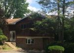 Foreclosed Home in East Northport 11731 7 METCALE LN - Property ID: 4207338