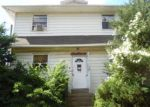Foreclosed Home in Upper Darby 19082 300 N LYNN BLVD - Property ID: 4207959
