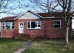 Foreclosed Home in Salem 8079 16 S FRONT ST - Property ID: 4208000