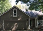 Foreclosed Home in Blue Springs 64015 520 NW 41ST ST - Property ID: 4208166