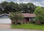 Foreclosed Home in Eau Claire 54703 2811 CHARLESTON CT - Property ID: 4208203