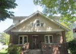 Foreclosed Home in Clinton 52732 814 3RD AVE S - Property ID: 4210205