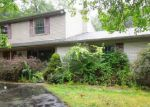 Foreclosed Home in Farmington 48334 29075 SUMMERWOOD RD - Property ID: 4211167