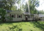 Foreclosed Home in Beech Grove 46107 2117 DETROIT ST - Property ID: 4212845