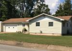 Foreclosed Home in Mountain Home 72653 809 E 1ST ST - Property ID: 4213014