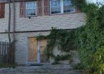 Foreclosed Home in Rosedale 21237 8823 TRIMBLE WAY - Property ID: 4213284