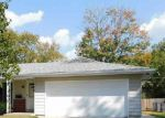 Foreclosed Home in Peoria 61607 2626 S DAYCOR DV - Property ID: 4213811