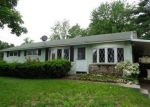 Foreclosed Home in Springfield 1109 216 GREENAWAY DR - Property ID: 4215006